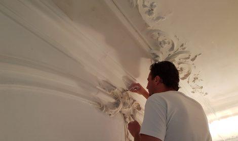 restuaratie ornamentenplafond